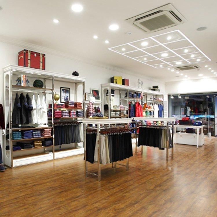 Professional customized garment shop decoration furniture