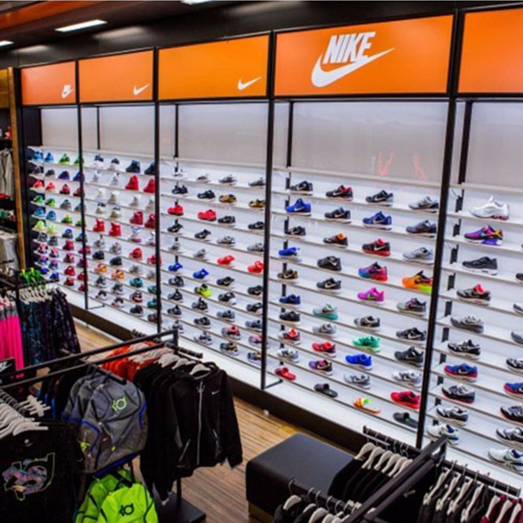 Professional customized sports shoe display rack for brand shoes shop decoration